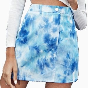 NEW SHEIN | CORDUROY TIE DYE BLUE MINI SKIRT